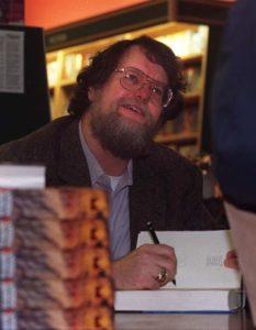 Ent- Author Robert Jordan signing books at McNally Robinson Booksellers. (Morley Walker story). November 1, 1998. Marc Gallant photo.